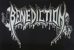 BENEDICTION Logo Textilposterflagge